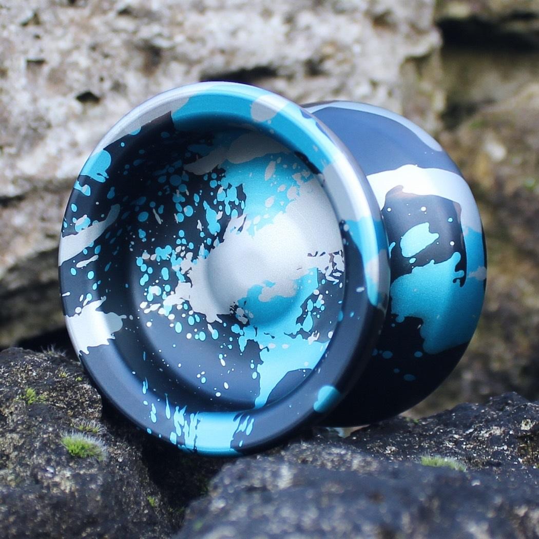 Turning Point Shake - Black w/ Silver & Blue splash